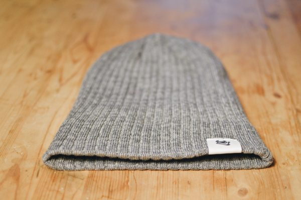 Heather grey toque with Beelzebeer logo showing uncuffed